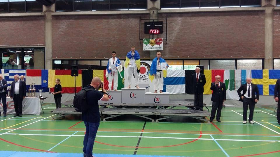 Перше місце Чемпіонату Європи з рукопашного бою привезли буковинські спортсмени