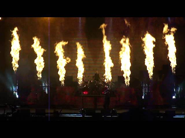 Disturbed - Inside The Fire and Warrior (Live @ Mayhem Festival)