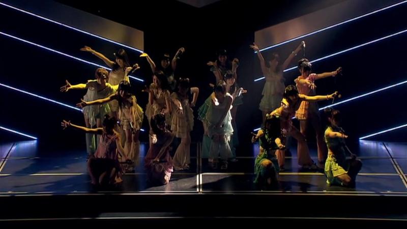 AKB48 - Gokigen Naname na Mermaid (Team B)