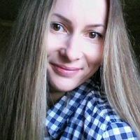 Оленька Пономарева