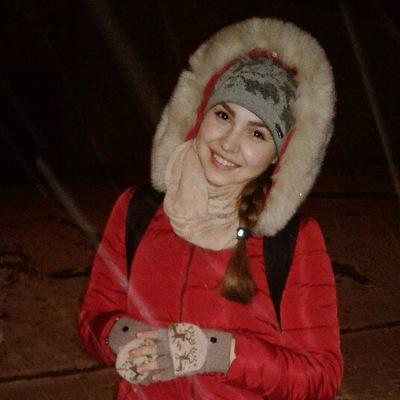 Алена Чернявская