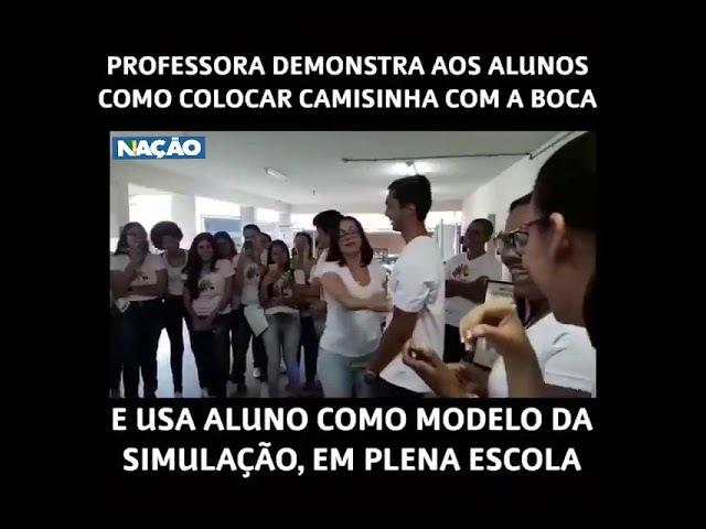PROFESSORA USA ALUNO PARA 'ENSINAR SEXO ORAL'