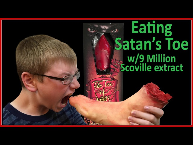 Eating TOE OF SATAN Challenge w/9 million Scoville extract ... Vat19 : Crude Brothers