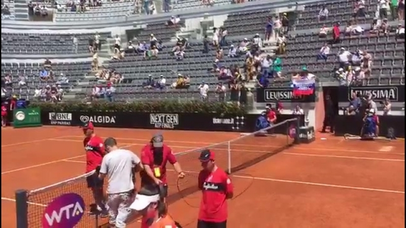 Welcome to the show ✨ Maria Sharapova and Christina McHale are ready to rock at the Centrale Stadium ibi17 WTA