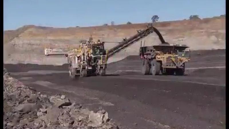 Карьерный комбайн WIRTGEN 4200 SM: Добыча и размол угля в Австралии