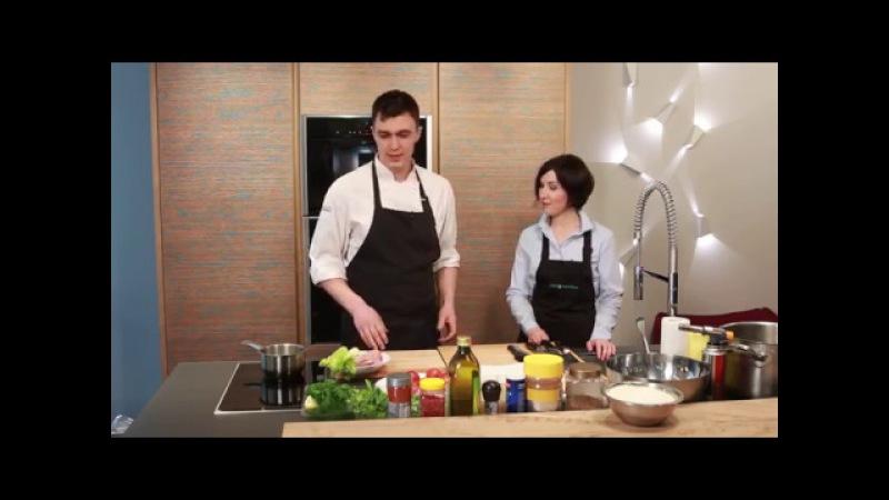 Шеф повар Илья Фролов и дизайнер Лариса Тогулева тестируют технику NEFF на кухне LEICHT