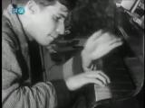 Молодой Гленн Гульд репетирует Баха.