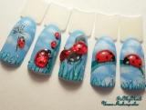 Божьи коровки на ногтях. Рисунок на ногтях. Дизайн ногтей