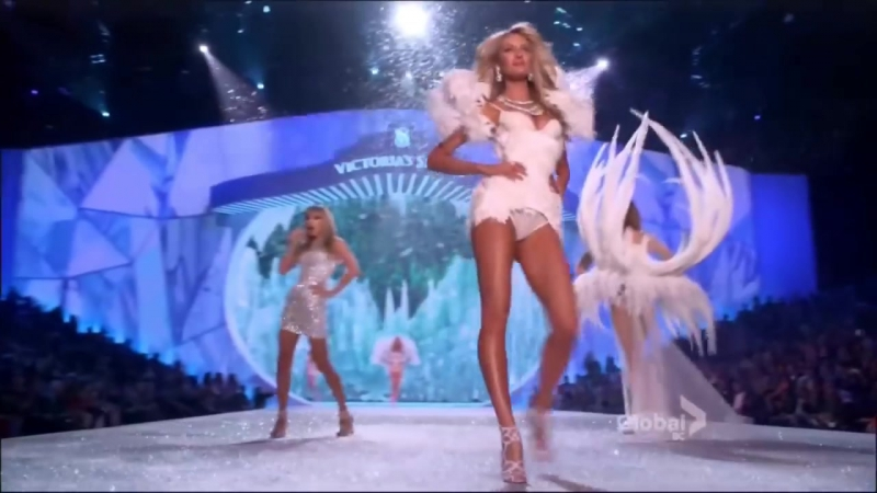 Victorias Secret fashion show - Taylor Swift Trouble
