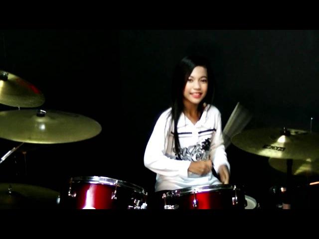Mere Khwabon Mein Jo Aaye Drum Cover by Nur Amira Syahira