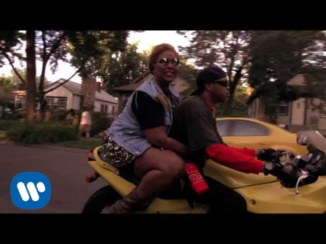 Lizzo - Batches Cookies (feat. Sophia Eris) [Official Video]