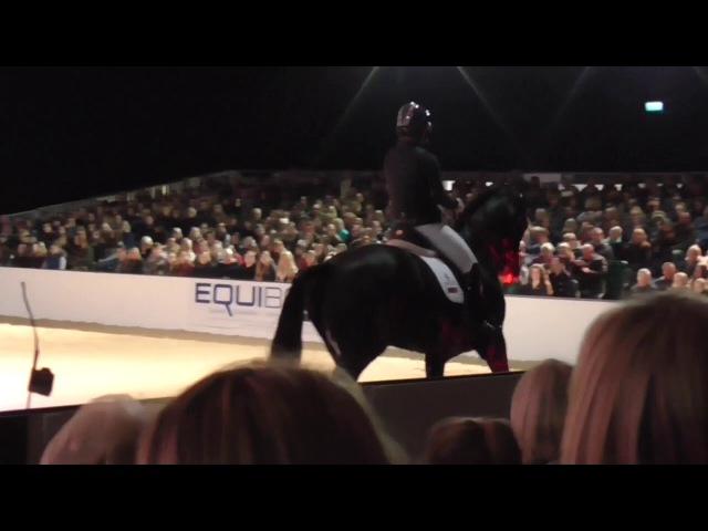 Charlotte Dujardin Your Horse Live 2017 En Vogue And Valegro Entrance Part 4