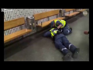 Refugees Violently Beat up a Security Guard on the subway