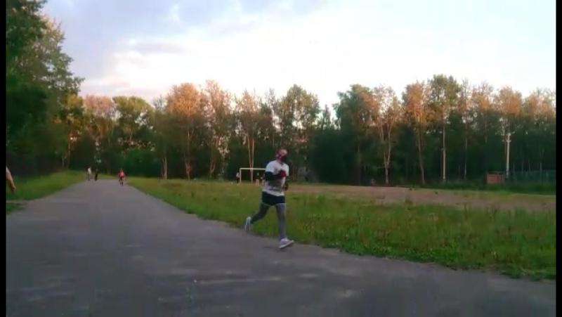 бег в маске тяжко так то!)