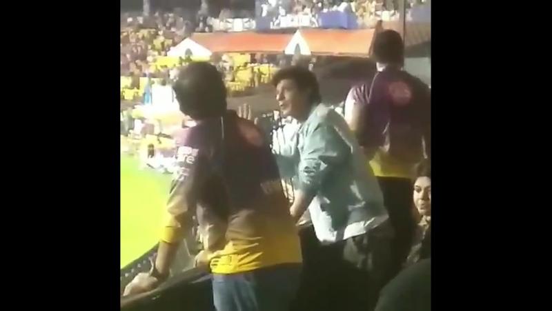 Shah Rukh Khan at Bengaluru Stadium SRH v KKR match 7
