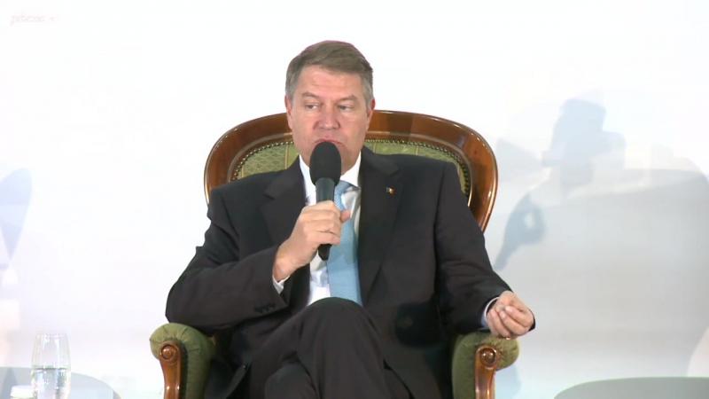 Klaus Iohannis `Avem dificultăți cu Parlamentul. Ei sunt oarecum paraleli cu România`