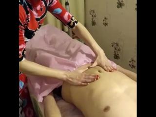 Массаж живота в Тайском масляном массаже. Фрагмент с экзамена обучающего курса