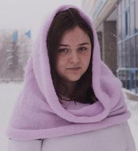 Таша Ханбекова