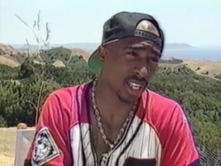 Tupac was interviewed while filming Poetic Justice / интервью во время съемок..