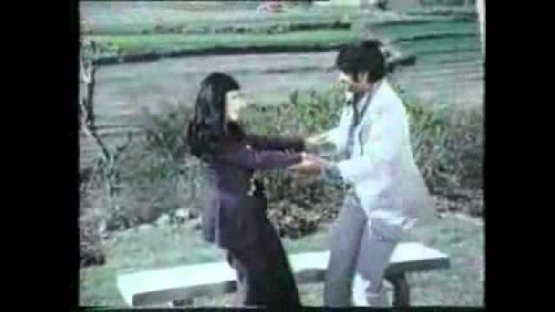 Piyar Kabhi Karna Na Kam Mar Jae Gi Teri Aashi.wmv