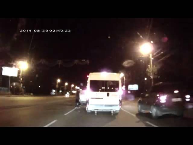 Essa briga de trânsito não foi muito normal, até para a Rússia!