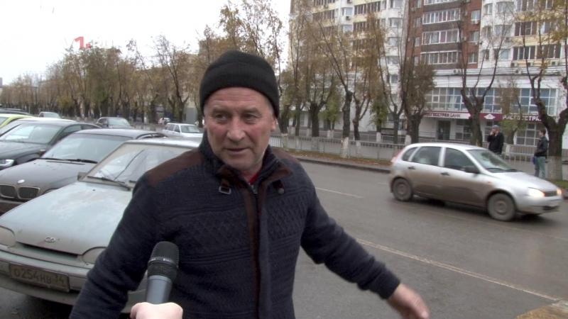 «Исторический» переход на Невской: к нему не зарастёт народная тропа!