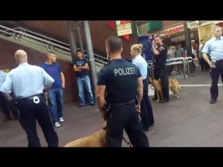 German police vs angry Lebanese mob!