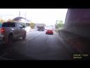 В Иркутске водитель грузовика развернул попутный легковой автомобиль.