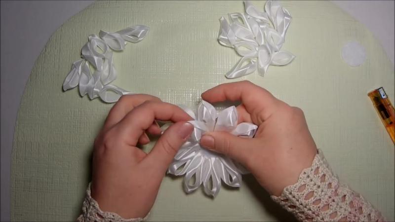 Воздушные цветы канзаши из ленты 2,5 см, мастер класс, лепесток воздушный