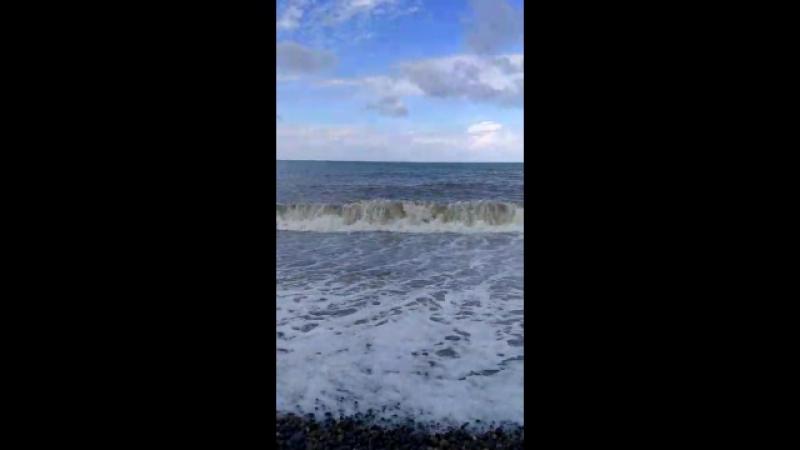 Если море плещет в твоей душе, то непременно пойдут волны вдохновения, выплескивая на берег жизни красивые мысли.