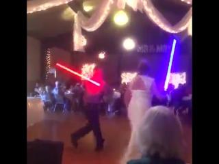Необычный свадебный танец