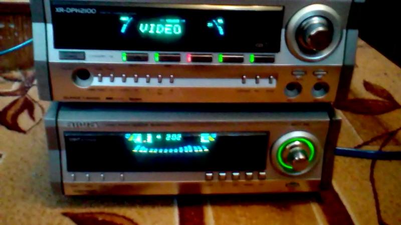 Подключил колонки от mx-z3400m к усилителю xr-dph2100, источник - DVD проигрыватель.