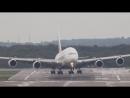 Посадка airbus a-380 сильный боковой ветер