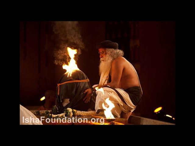 Sadhguru chants Aum 108 times