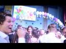 Не по сценарию Танцы на сцене на выпускном в Северодонецке