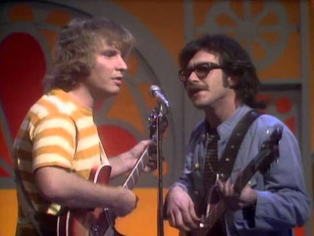 Creedence Clearwater Revival-Proud Mary Live