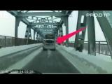 Аварии грузовиков подборка ДТП жесть смерть на дороге 2017