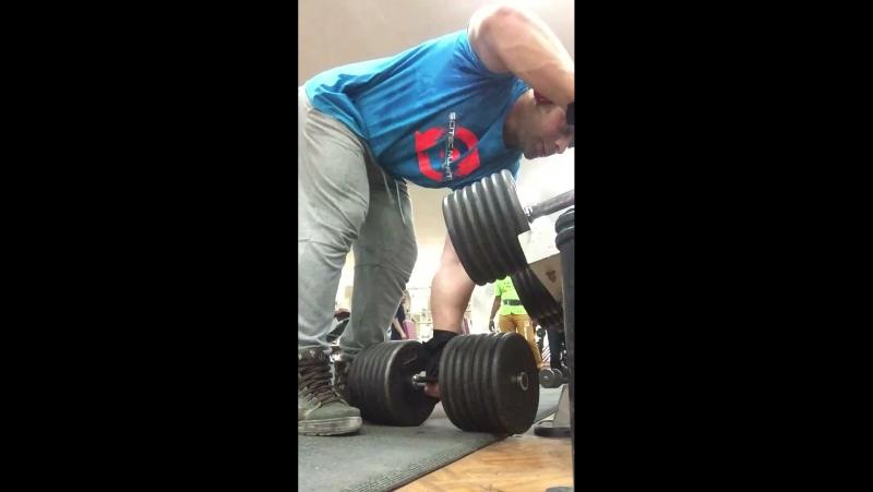 E.faris 👍🏽 Train back muscle 🔥🔥🔥.1