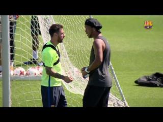 Роналдиньо на тренировке Барселоны