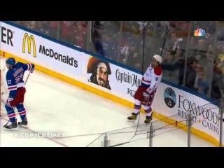 Овечкин забивает красивый гол в падении НХЛ / Ovechkin scores unbelievable goal from knees NHL