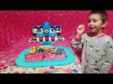 Кирюша играет в гараж Робокара Поли
