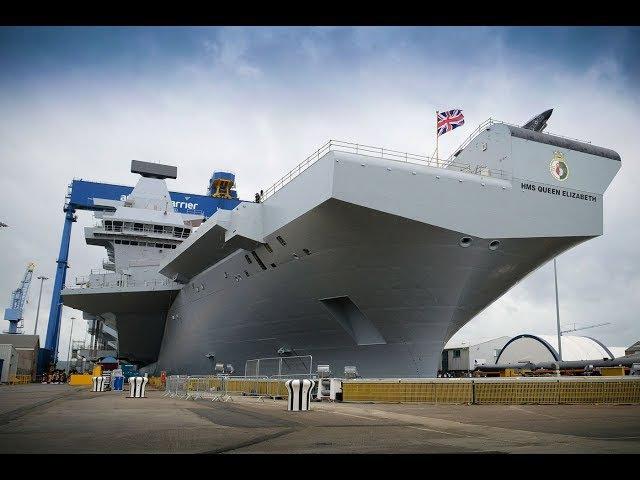 Новый крупнейший в истории Британии авианосец Куин Элизабет вышел в море
