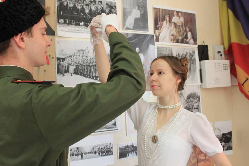 Открытие выставки о войнах столетней давности посетили около 100 учащихся и студентов