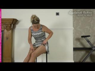 Rhianwen reviews these amazing Gatta Body Cooling tights - full review on LegslavishElite.com