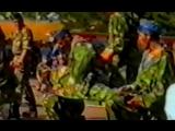 Показательное выступление 300-ого гвардейского Свирского отдельного парашютно-десантного полка в Красноярске (2.08.1995)
