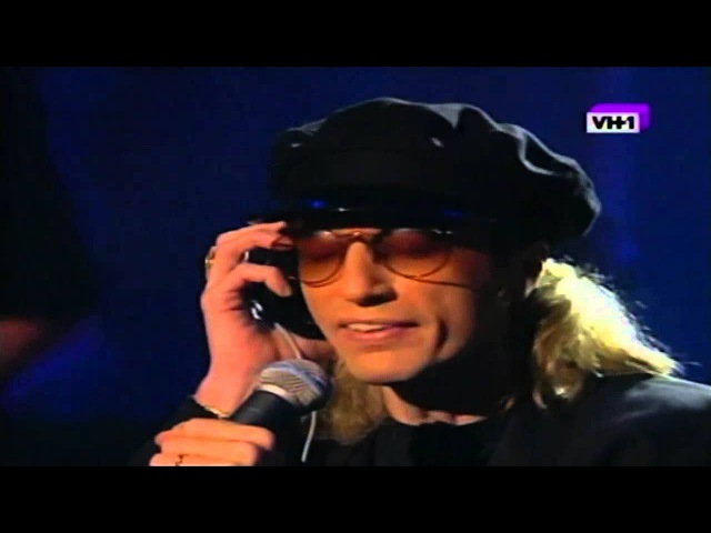 Bee Gees - For Whom The Bell Tolls (Live In Los Angeles)