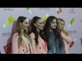 SEREBRO - Автограф - Сессия - Sephora - 20.04.17 (online-video-cutter.com)