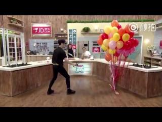 [Вейбо] 170811 Превью с Джексоном @ 好好吃饭吧 (китайское шоу Eat Well или Let's have a good meal)