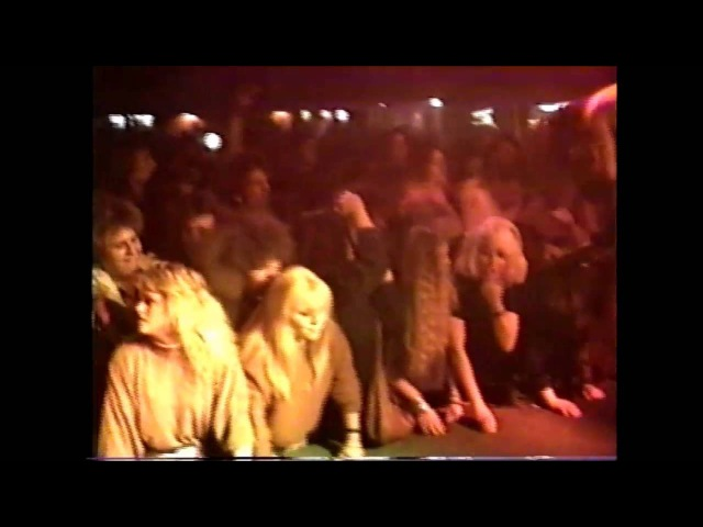 PANTERA ( HOME VIDEO )( PT. 1 ) JOE'S GARAGE FORT WORTH, TEXAS 1-13-90