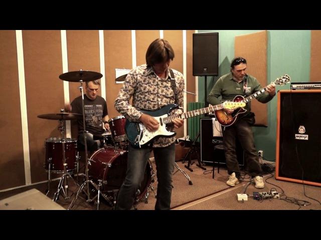 Di'Versio. ProLog: Fragments of rehearsals. Live Record